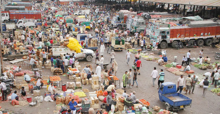 তলানিতে এসে ঠেকেছে ভারতের অর্থনীতি