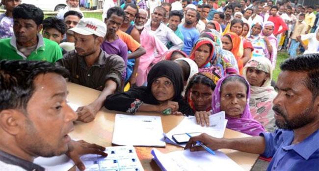 এনআরসি আতঙ্কে ভোটার তালিকায় নাম তোলার হিড়িক ভারতে
